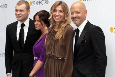 Семья Федора Бондарчука в полном сборе