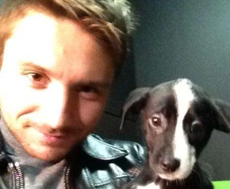 Сергей Лазарев с собачкой