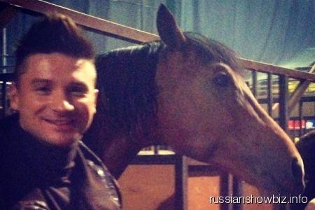 Сергей Лазарев с лошадью