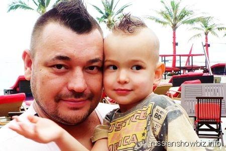 Сергей Жуков с сыном