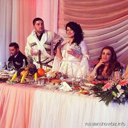 Анфиса Чехова на грузинской свадьбе