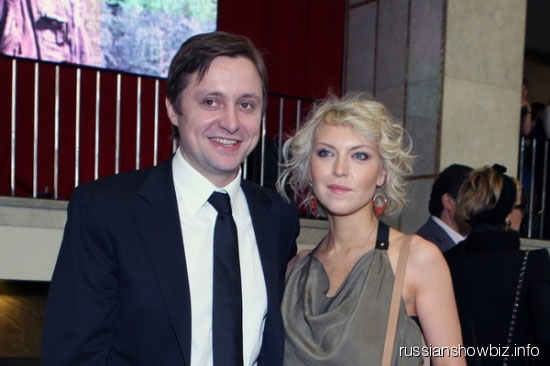 Артем Михалков с женой Дарьей