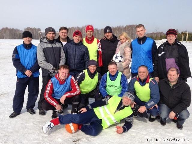 Анастасия Волочкова с командой Бахтияра Салимова