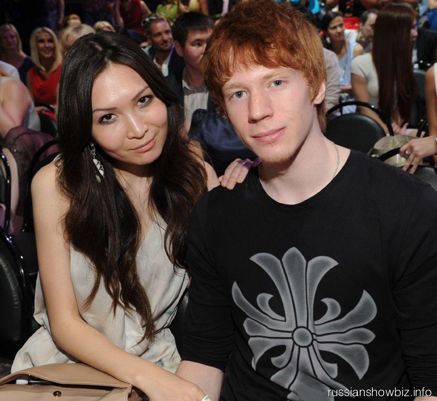 Никита Пресняков с девушкой Аидой