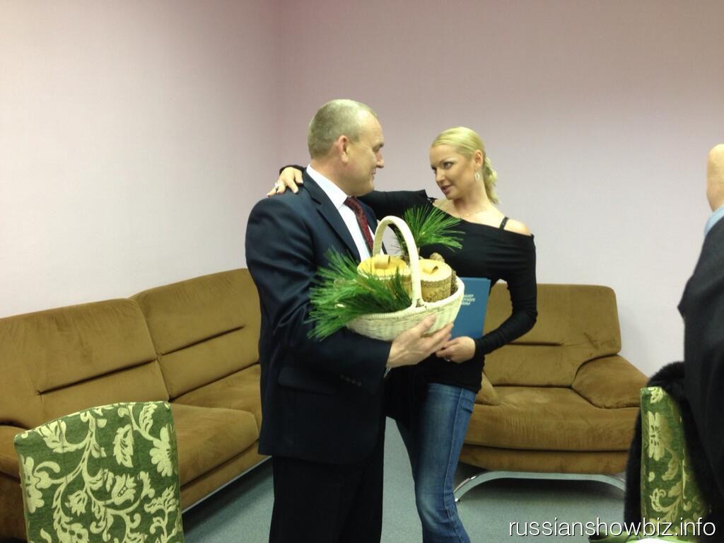Анастасия Волочкова с политиком