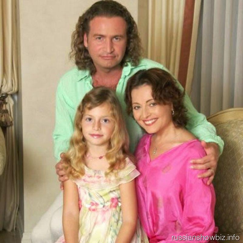 Леонид Агутин и Анжелика Варум с дочерью