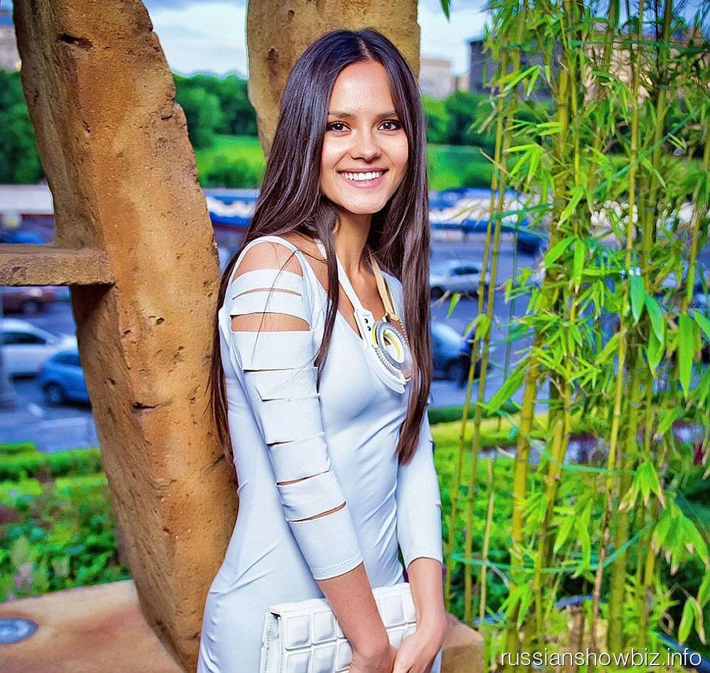 Катя Ли