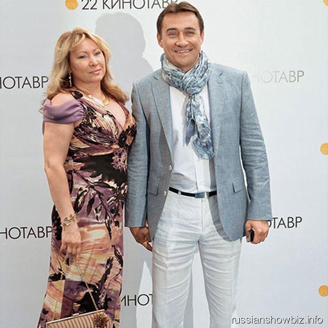 Камиль Ларин с женой