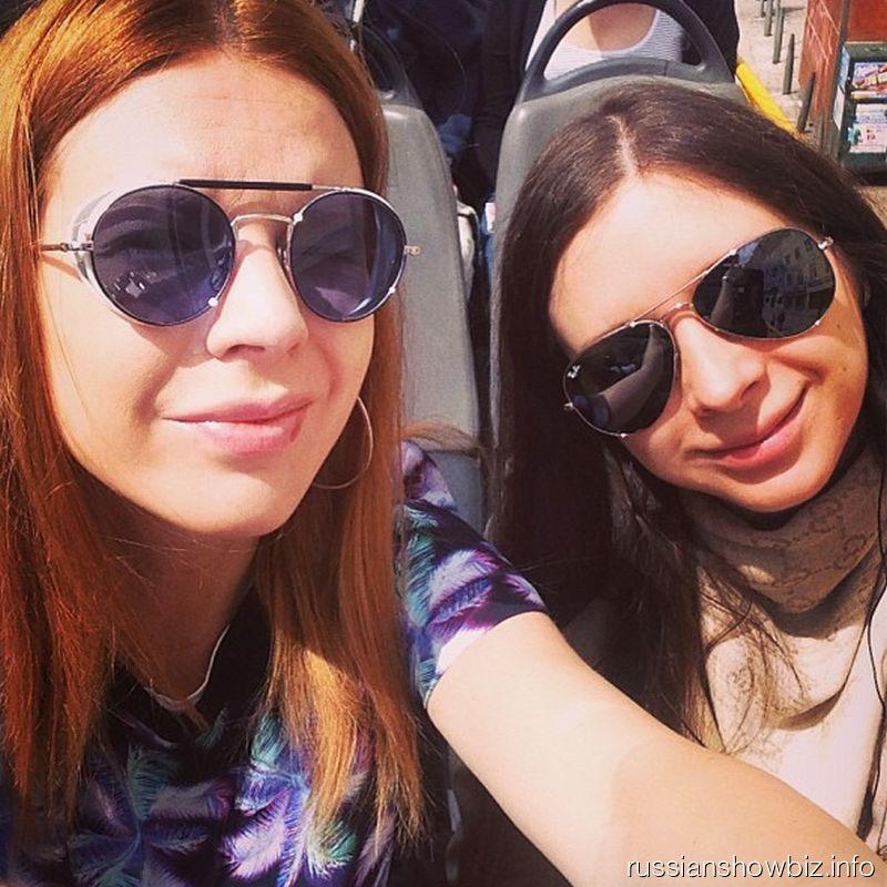 Наталья Подольская с подругой