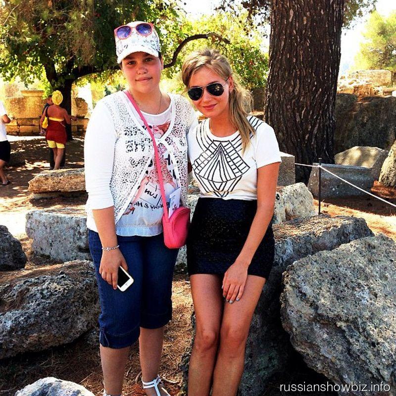 Кристина Асмус с сестрой Гарика Харламова