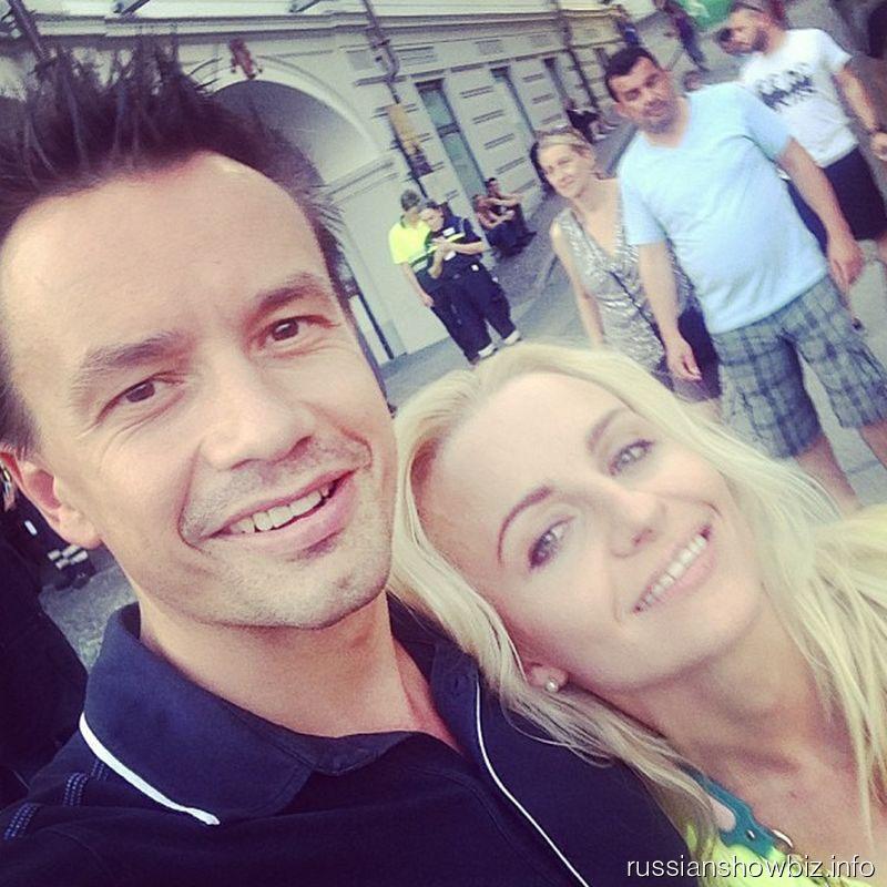 Алексей Серов с женой