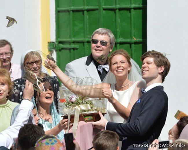 Анастасия Стриженова вышла замуж