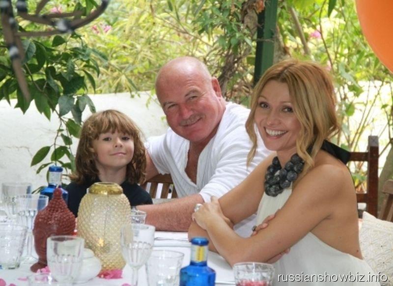 Николай и Анжелика Агурбаш с сыном