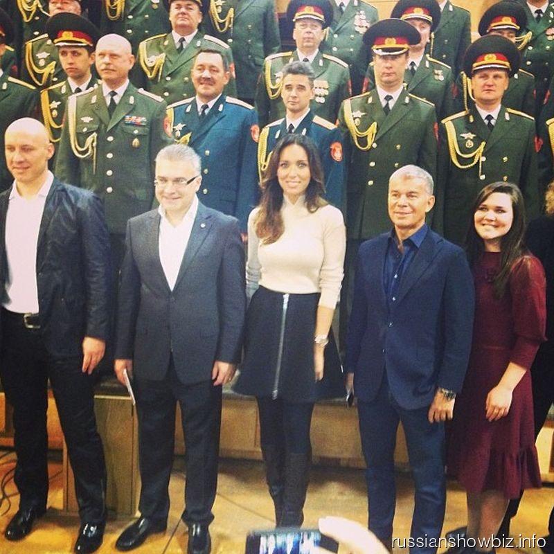 Российские звезды на записи гимна России