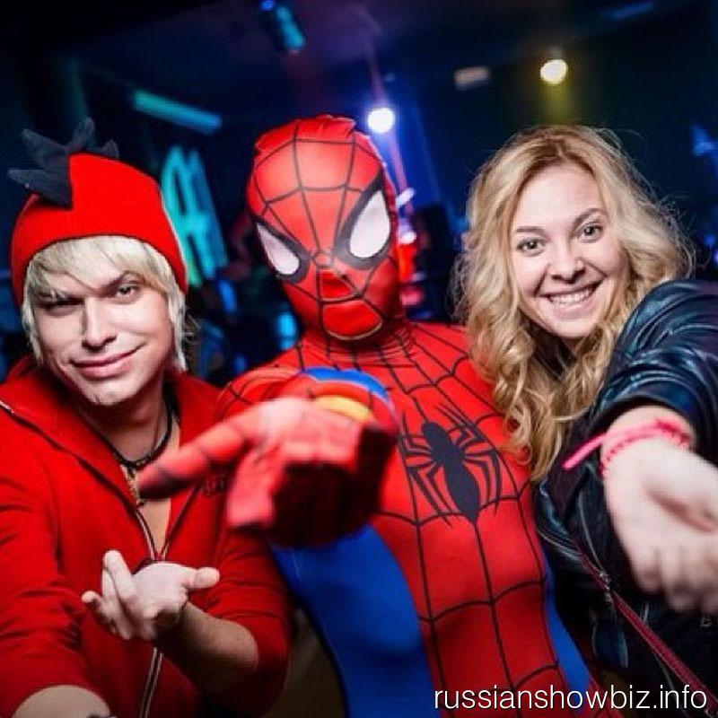 Гоген Солнцев, Человек-паук и Светлана Курицына
