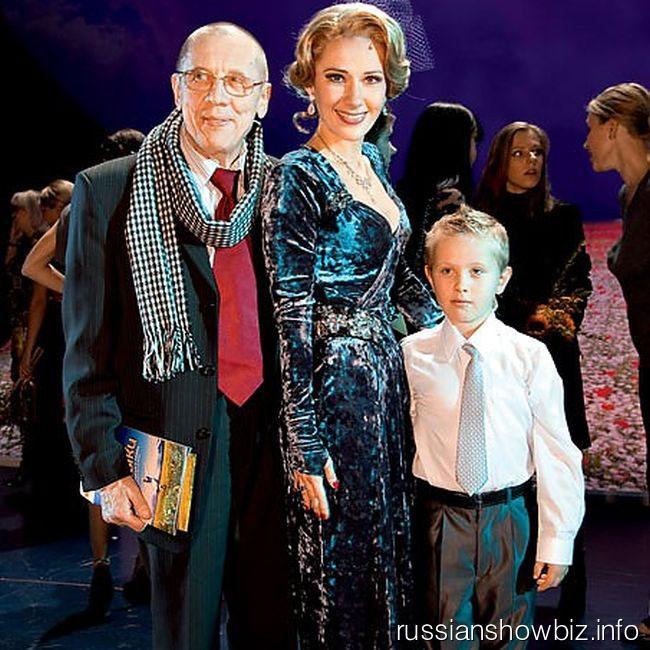 Валерий Золотухин и Ирина Линдт с сыном