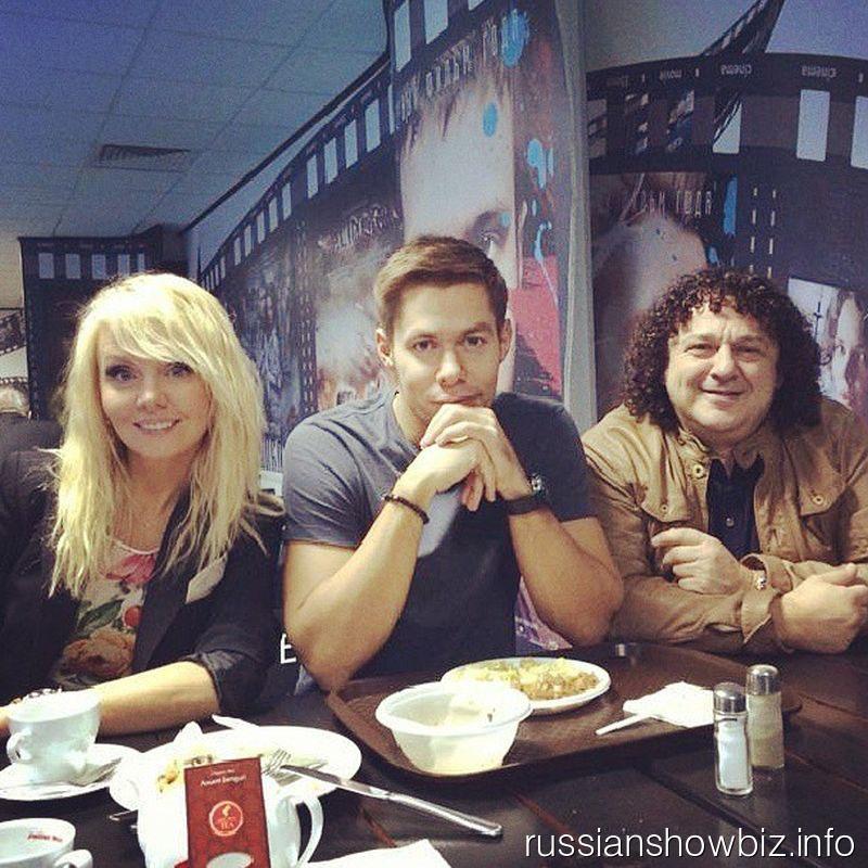 Валерия, Стас Пьеха и Игорь Саруханов на обеде в Главкино