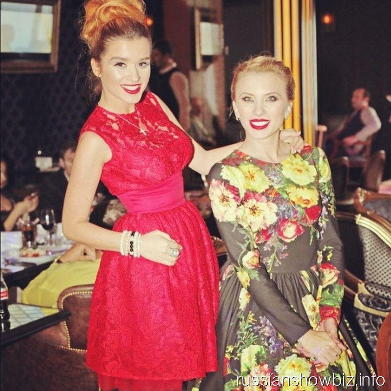 Ксения Бородина в новом платье