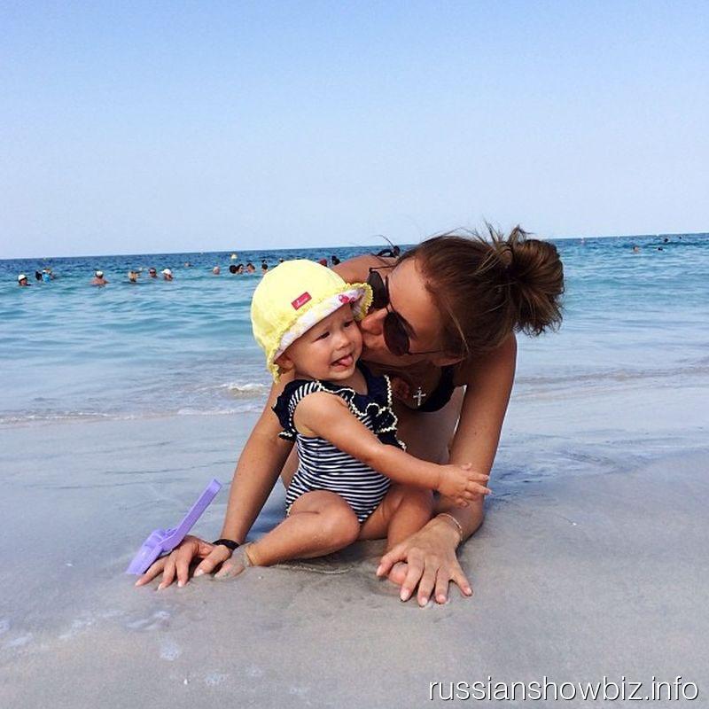 Тата Мамиашвили с дочкой