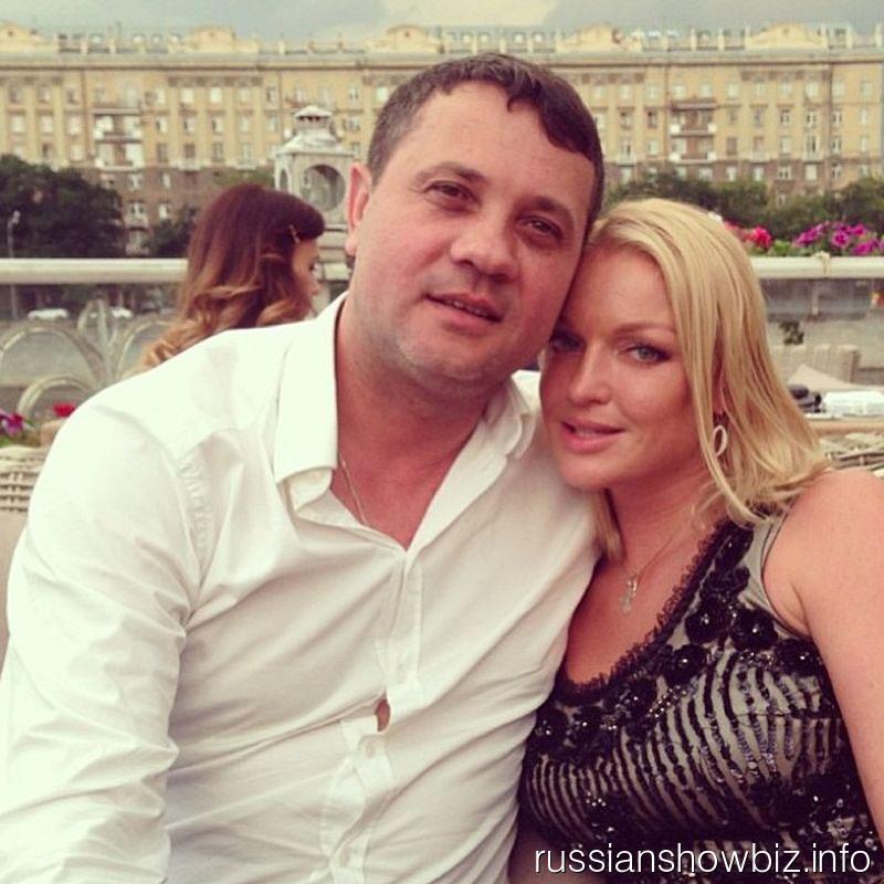 Бахтияр Салимов и Анастасия Волочкова