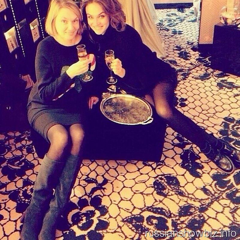Алена Водонаева с мамой