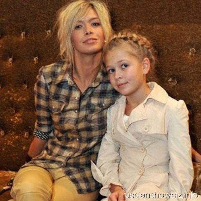 Вера Брежнева с дочкой Соней