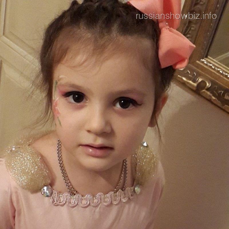 Дочь Стаса Михайлова