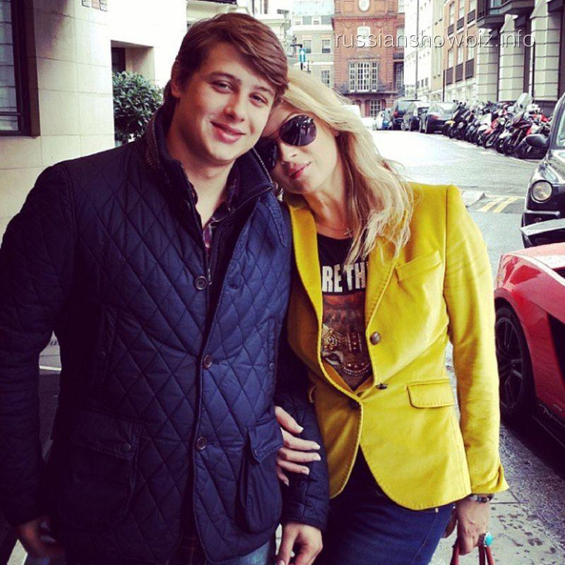 Инна Михайлова с сыном