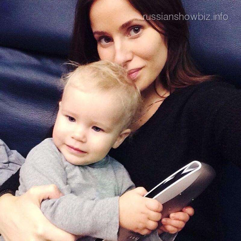 Татиана Бондарчук с дочкой