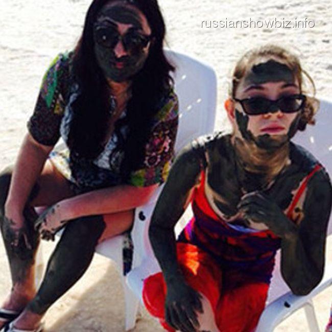 Лолита Милявская с дочкой