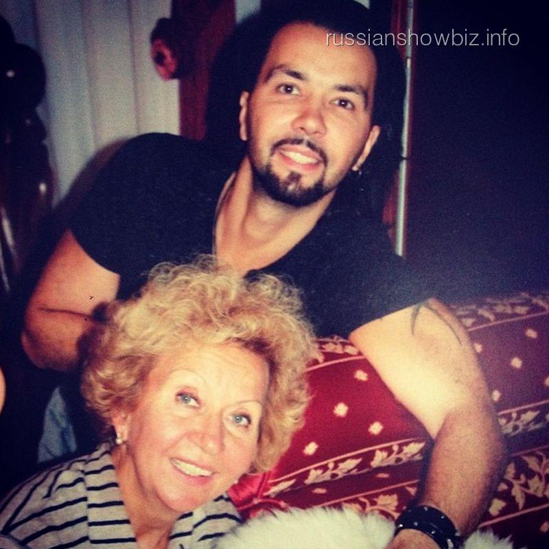 Денис Клявер с мамой