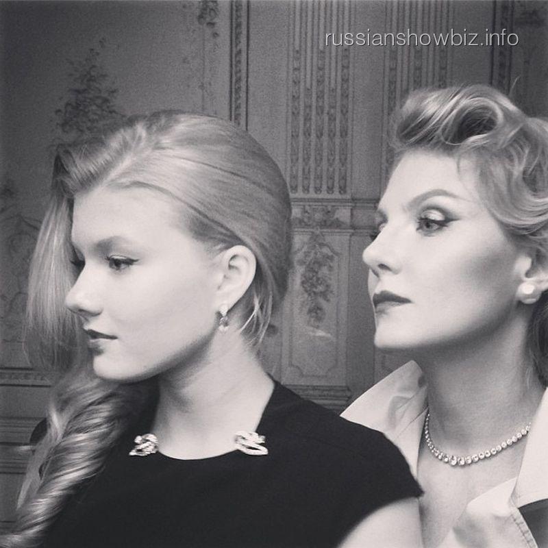 Рената Литвинова с дочкой