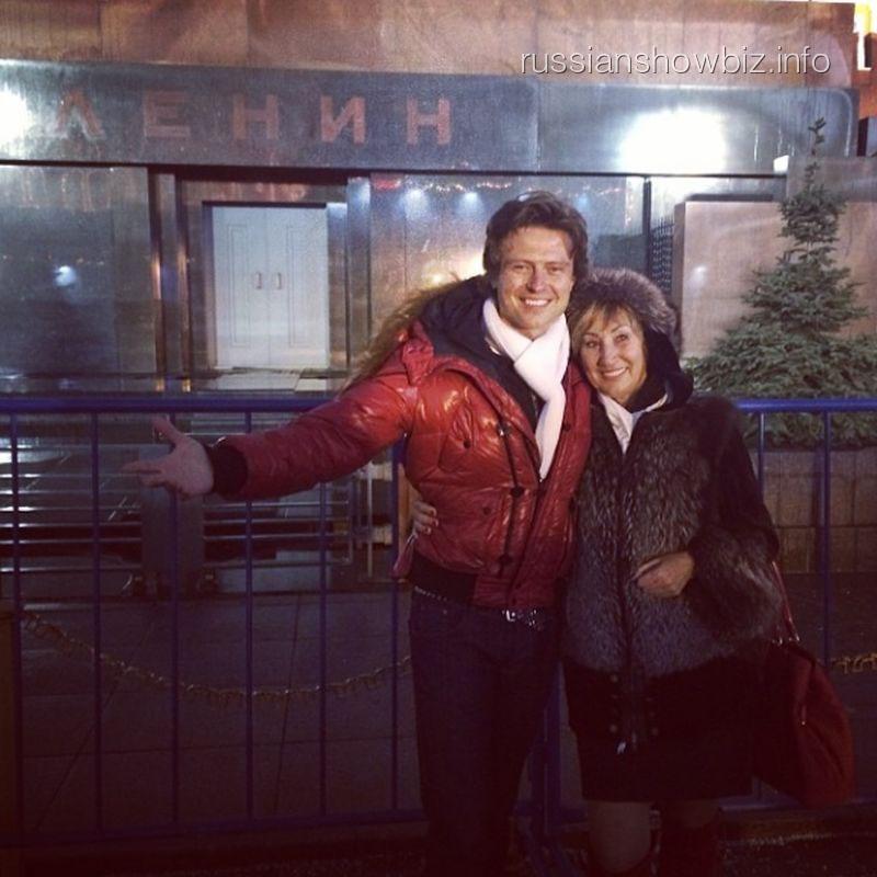 Прохор Шаляпин с женой возле Мавзолея