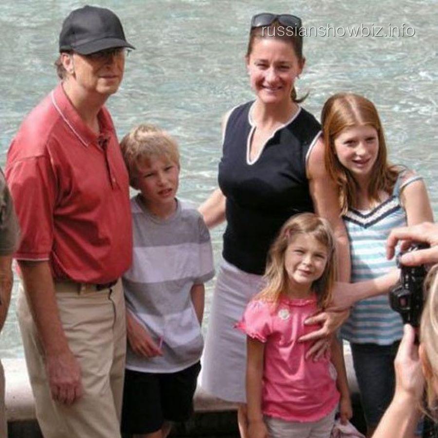 Билл Гейтс с семьей