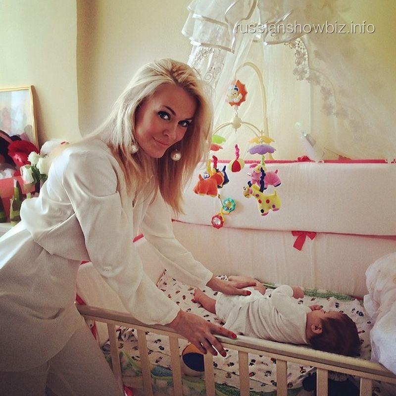 Таня Терешина с дочкой