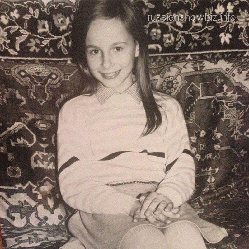 Саша Зверева в детстве