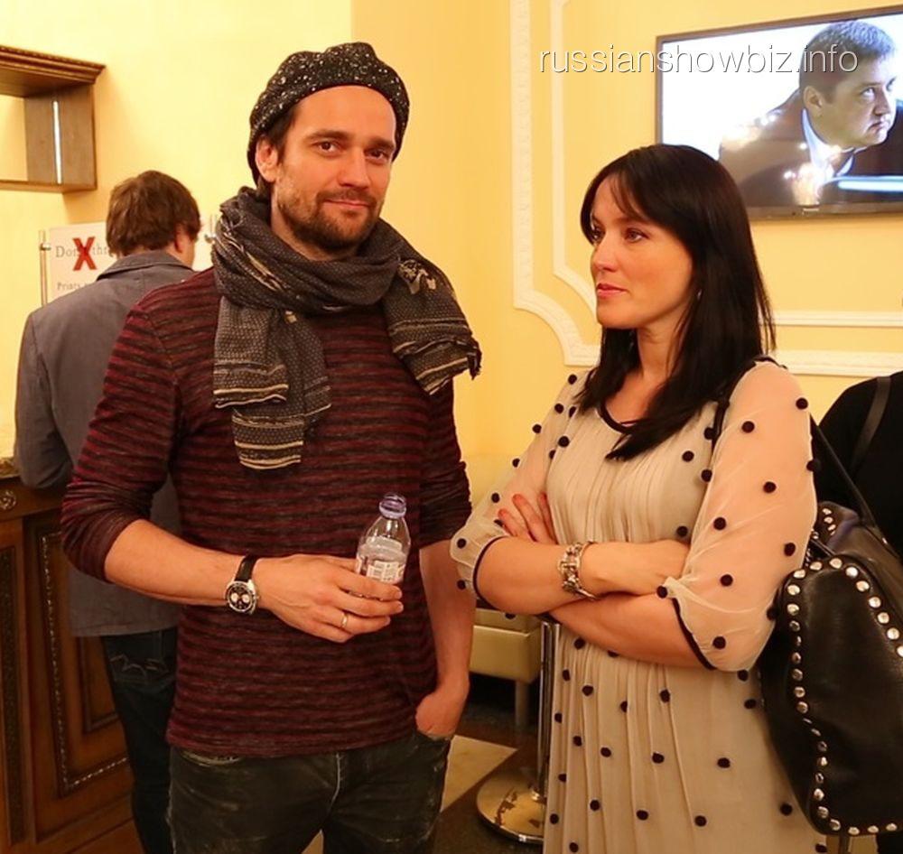 Дмитрий Миллер с супругой Юлией Деллос