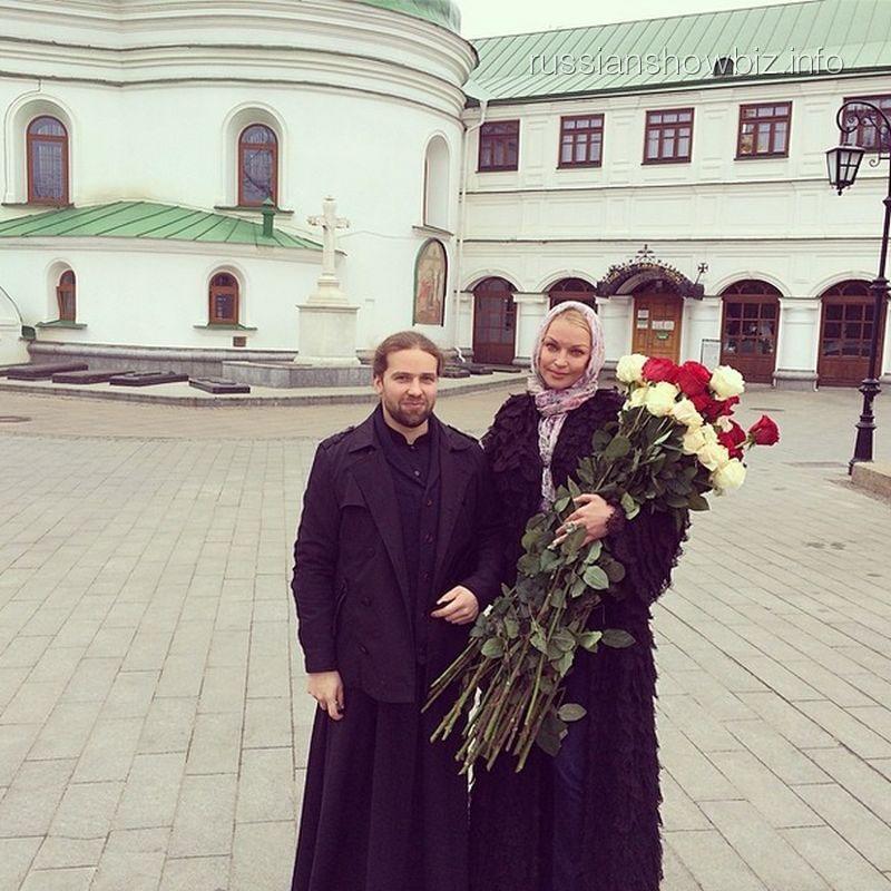 Анастасия Волочкова в Киево-Печерской Лавре