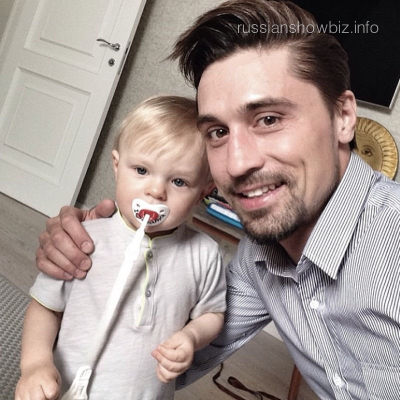 Дима Билан с крестником