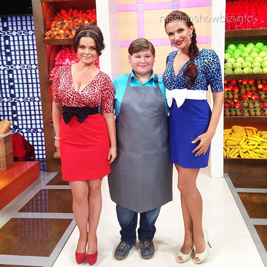 """Наташа Королева и Эвелина Бледанс в шоу """"Время обедать!"""""""