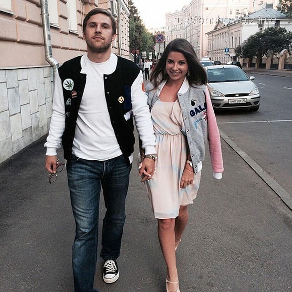 Галина Юдашкина с женихом