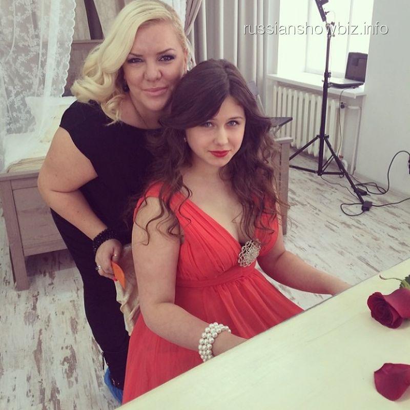Дочь Натальи Гулькиной на съемках клипа
