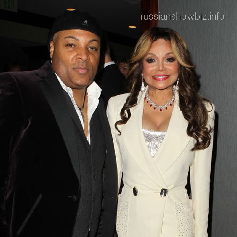 Ла Тойя Джексон и ее будущий муж