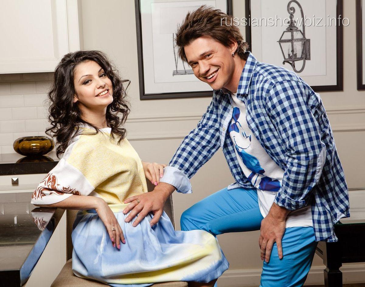 Алексей Кабанов с женой (фото - страница Розалии Кабановой Вконтакте)