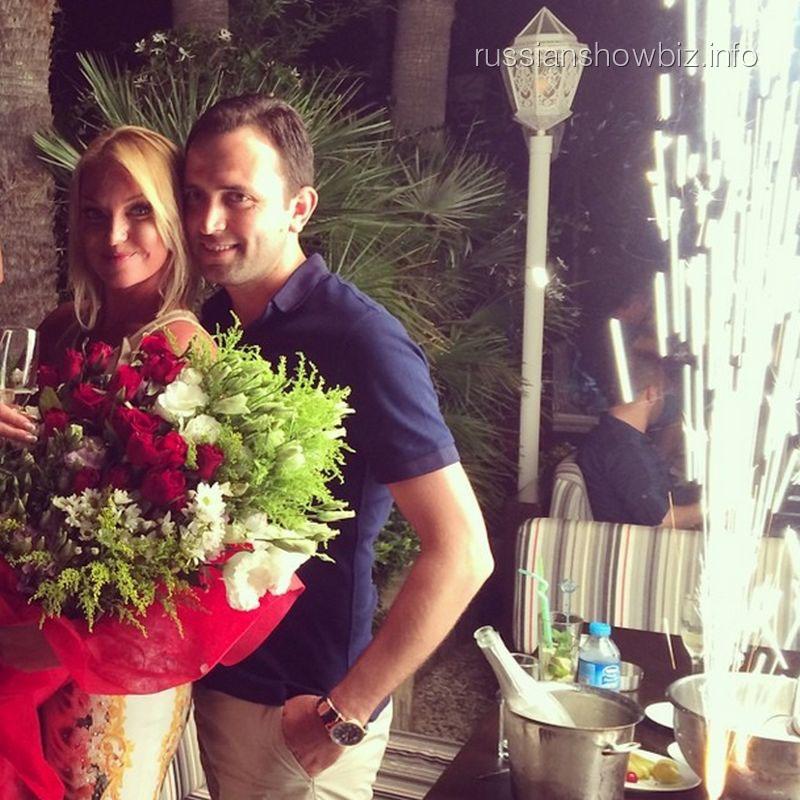 Анастасия Волочкова и ее избранник