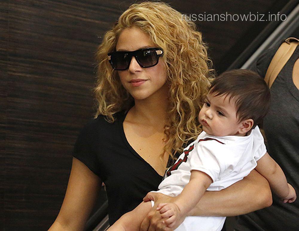 Шакира с дочкой