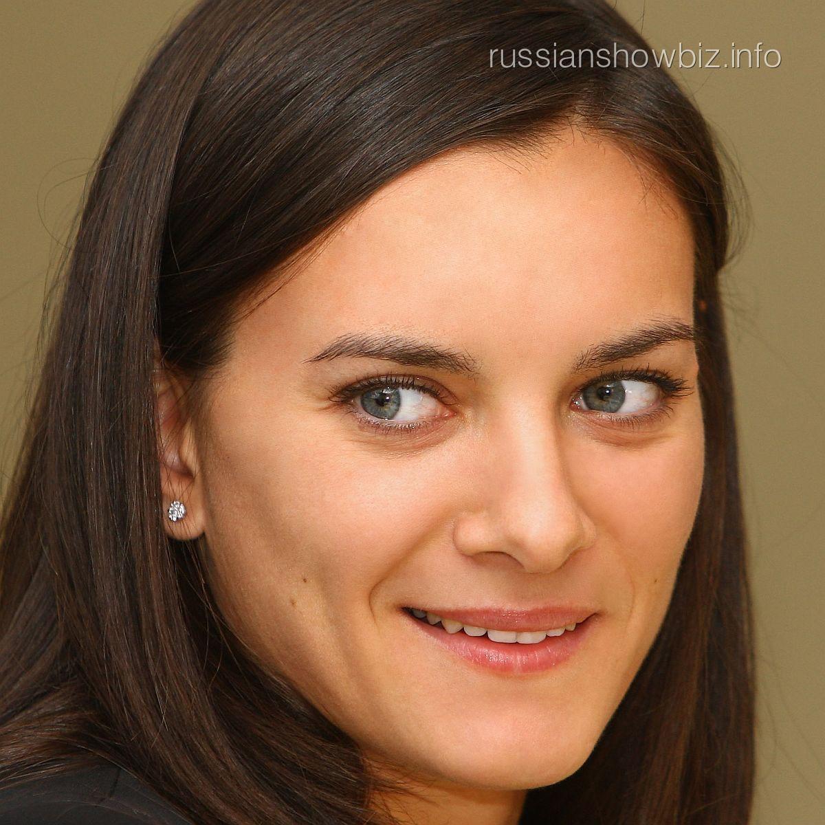 Елена Исинбаеваё