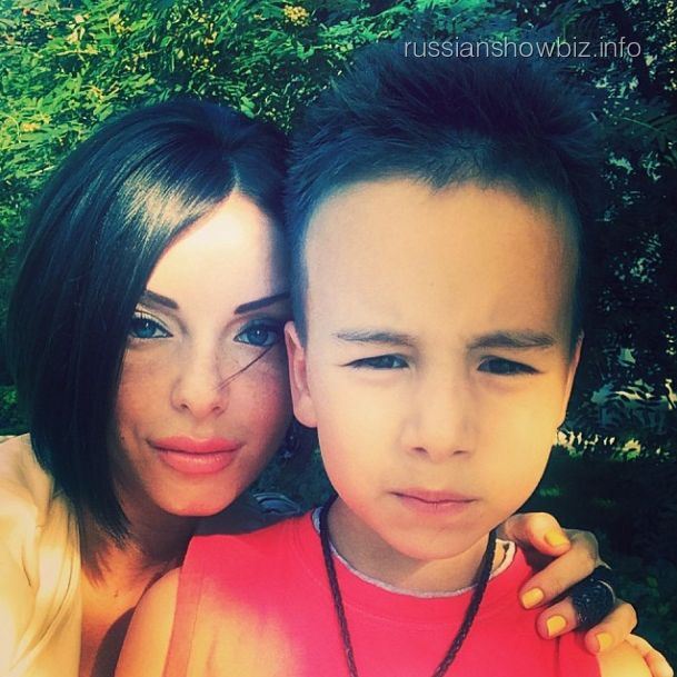 Юлия Волква с сыном