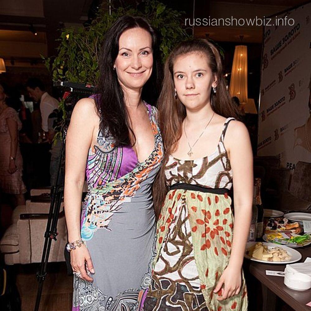 Нонна Гришаева с дочерью