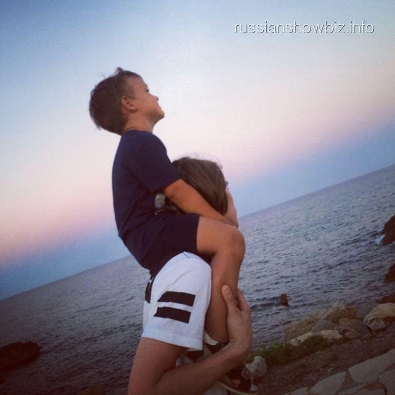 Возлюбленный Алены Водонаевой с ее сыном